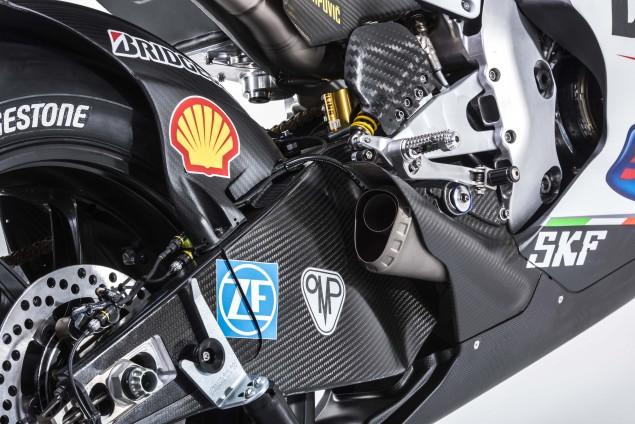 2015-Ducati-Desmosedici-GP15-MotoGP-Andrea-Iannone-01
