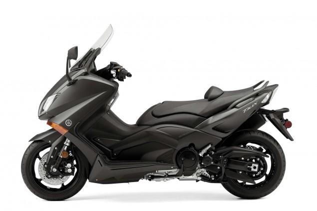 2015-Yamaha-TMAX-01