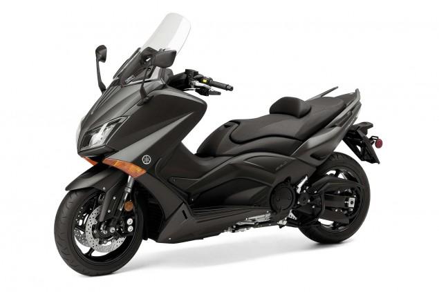 2015-Yamaha-TMAX-03