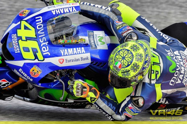 Valentino-Rossi-Ugly-Xmas-Sweater-Helmet-AGV-VR46-03