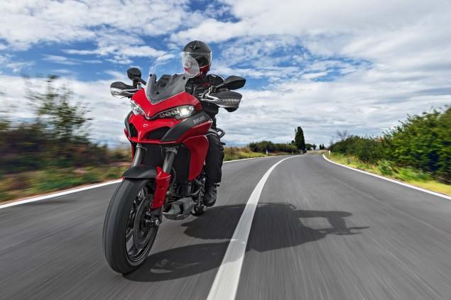 2015-Ducati-Multistrada-1200-S-action20