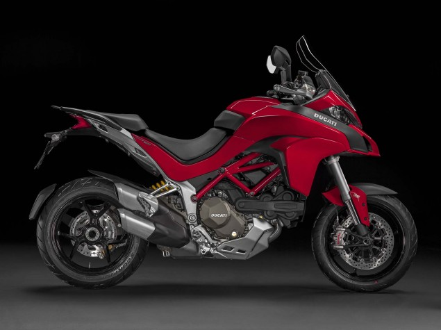 2015-Ducati-Multistrada-1200-S-static-13