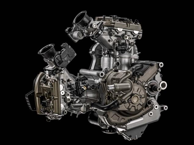 2015-Ducati-Multistrada-1200-Testastretta-DVT-09