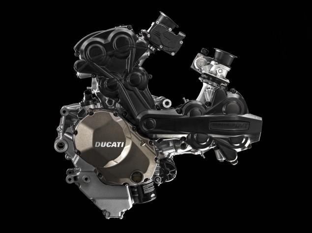 2015-Ducati-Multistrada-1200-Testastretta-DVT-11