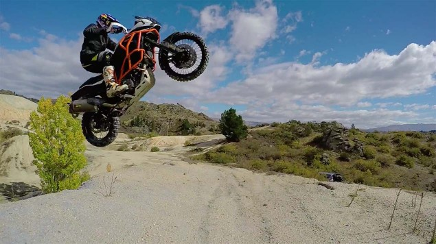 Chris-Birch-KTM-1190-Adventure-off-road-07