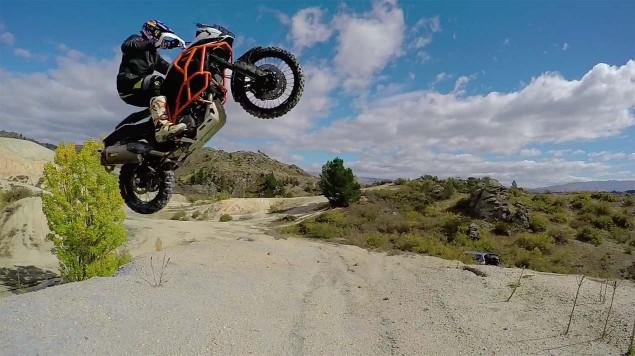 Chris-Birch-KTM-1190-Adventure-off-road-07