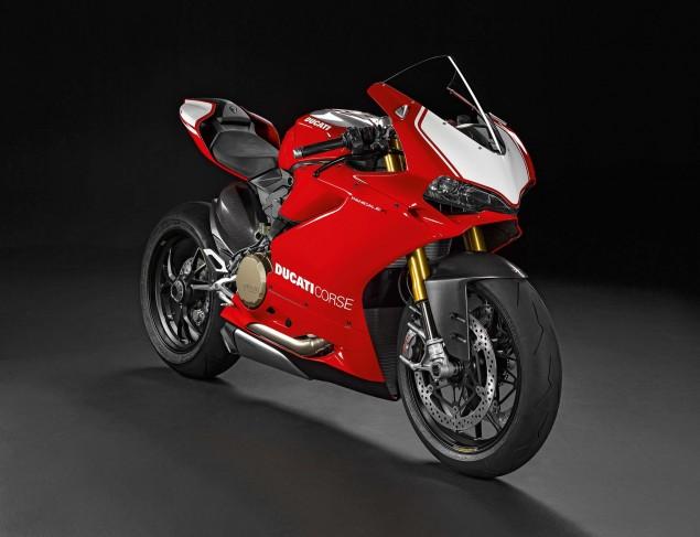 2015-Ducati-Panigale-R-41
