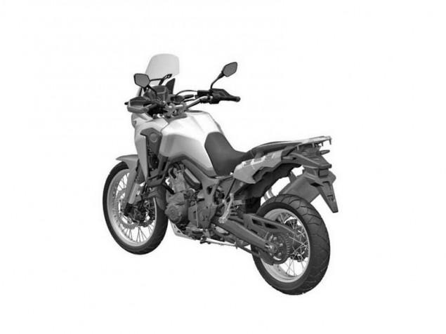 2016-Honda-Africa-Twin-CRF1000L-grayscale-03