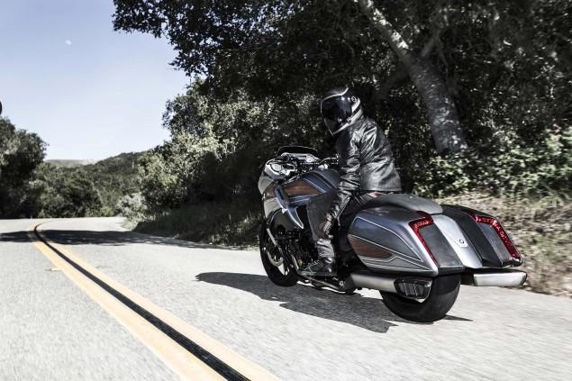 BMW-Motorrad-Concept-101-12