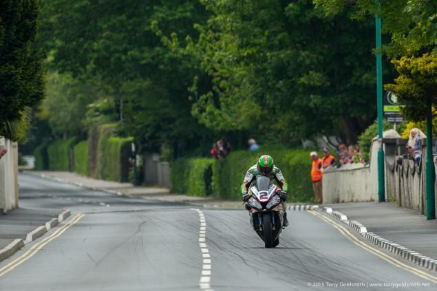 Senior-TT-Isle-of-Man-TT-Tony-Goldsmith-3174