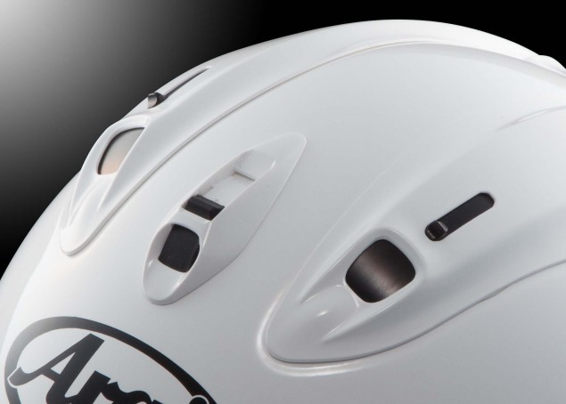 Arai-Corsair-X-helmet-review-08