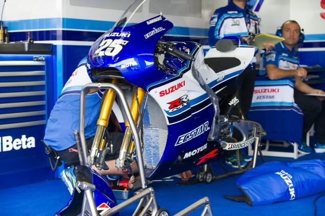 Team-Suzuki-Ecstar-Sachsenring-German-Grand-Prix-MotoGP-2015-Tony-Goldsmith-474