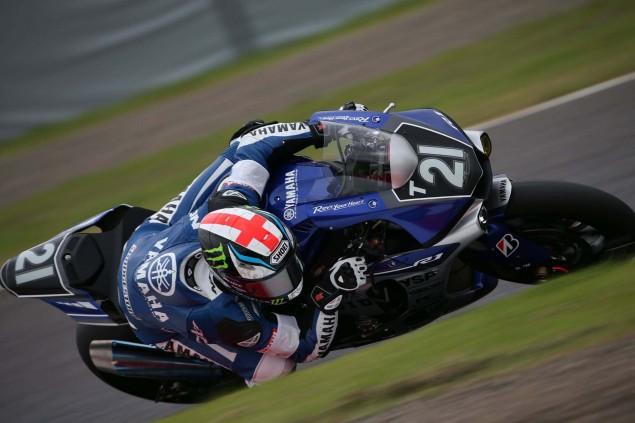 Yamaha-Factory-Racing-Team-2015-Suzuka-8-hour-14