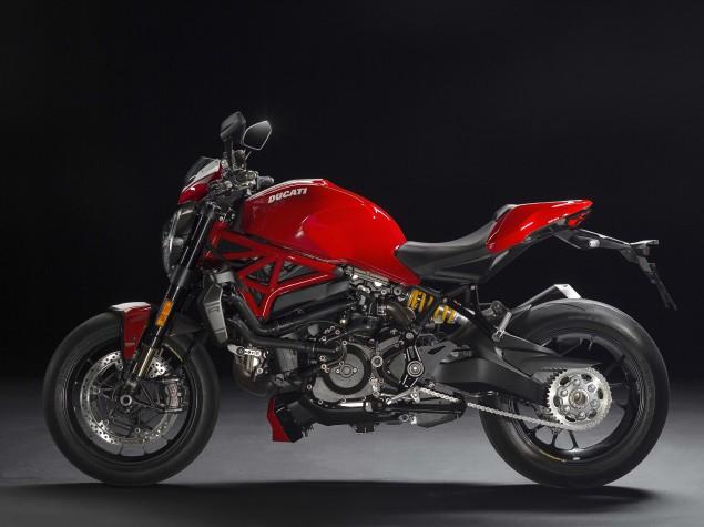 2016-Ducati-Monster-1200-R-studio-06