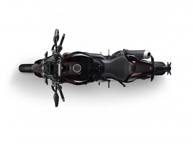 2016-Ducati-Monster-1200-R-studio-10