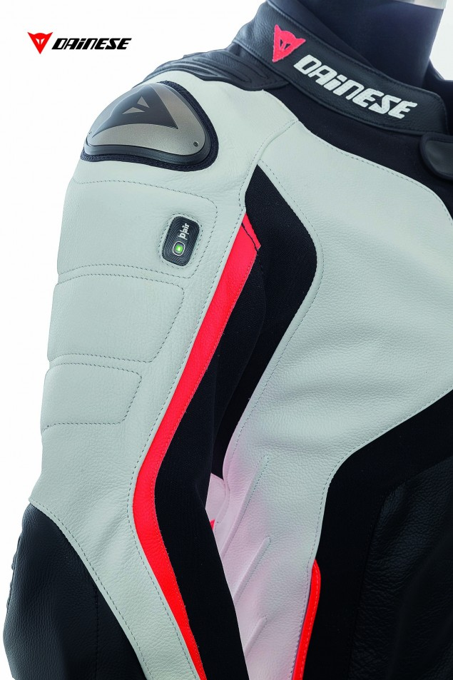 Dainese-D-Air-Misano-1000-airbag-motorcycle-jacket-01