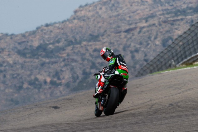 Jonathan-Rea-Kawasaki-Racing-Team-World-Superbike-WSBK-Champion-12
