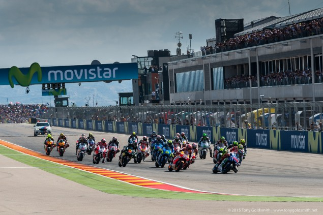 Sunday-Aragon-Grand-Prix-of-Aragon-MotoGP-2015-Tony-Goldsmith-1796