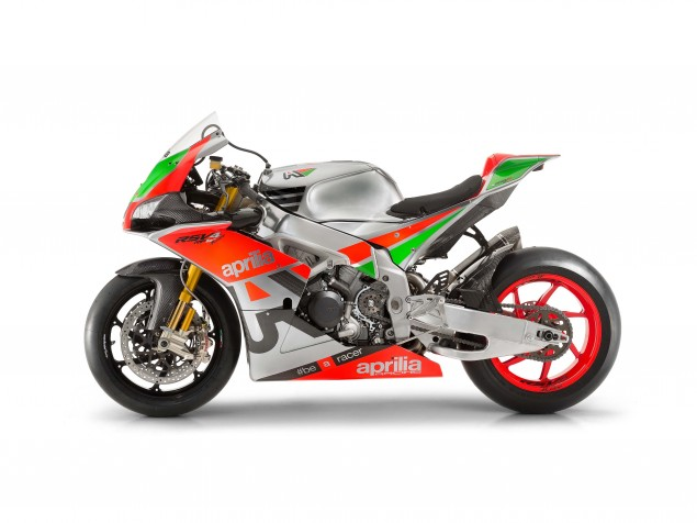 2016-Aprilia-RSV4-R-FW-world-superbike-spec-04