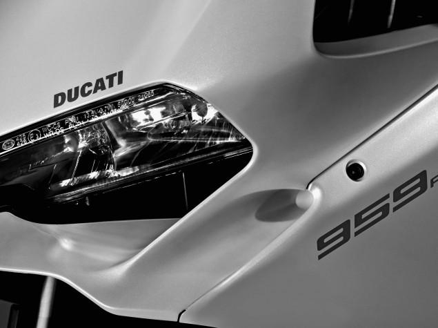 2016-Ducati-959-Panigale-20