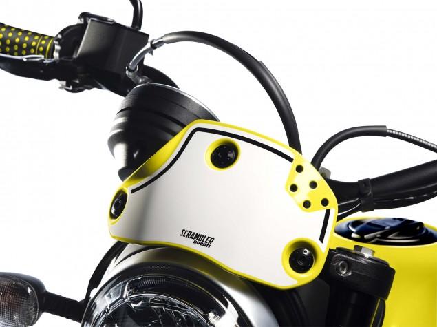 2016-Ducati-Scrambler-Flat-Track-Pro-04