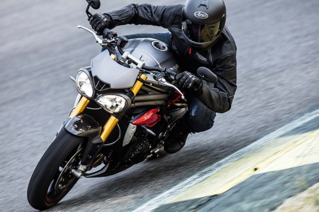2016-Triumph-Speed-Triple-04