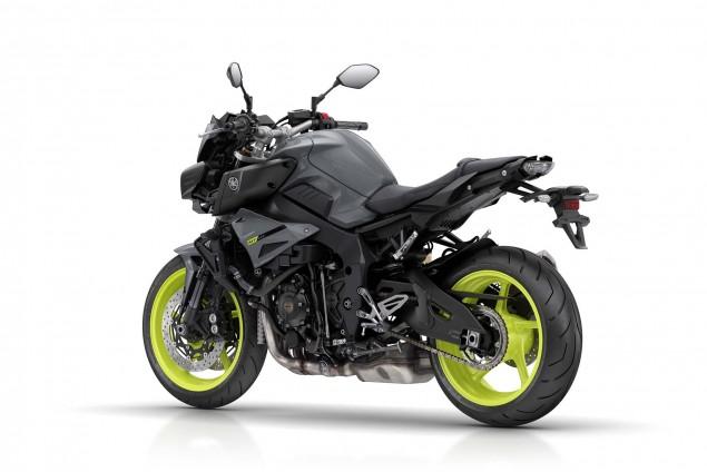2016-Yamaha-MT-10-02