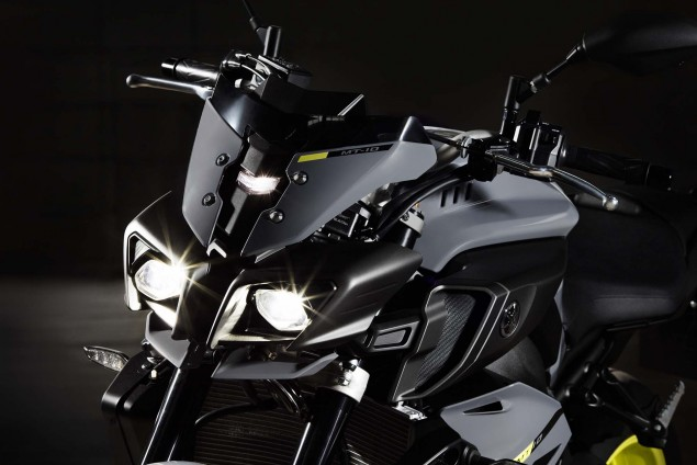 2016-Yamaha-MT-10-details-09