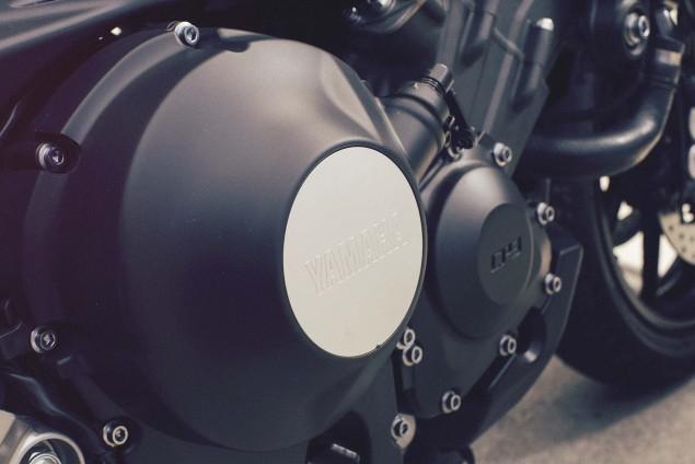2016-Yamaha-XSR900-details-21