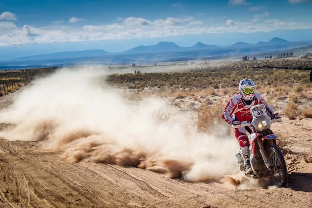 2016-Dakar-Rally-Stage-5-HRC-18