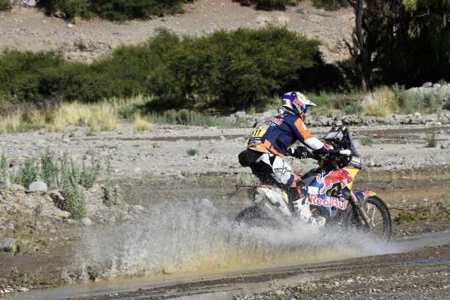 2016-Dakar-Rally-Stage-5-KTM-03