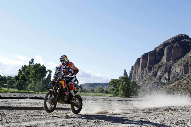 2016-Dakar-Rally-Stage-5-KTM-04