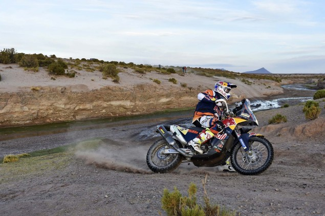 2016-Dakar-Rally-Stage-6-KTM-03