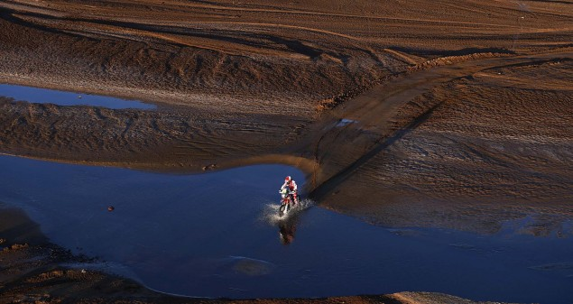 02 GONCALVES Paulo (por) HONDA action during the Dakar 2016 Argentina, Bolivia, Etape 7 - Stage 7, Uyuni - Salta, from January 9, 2016 - Photo DPPI