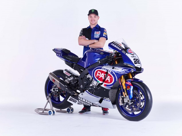2016-Yamaha-YZF-R1-World-Superbike-02
