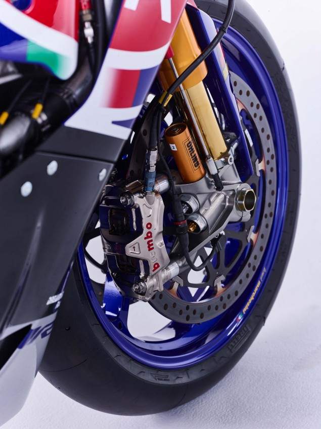 2016-Yamaha-YZF-R1-World-Superbike-36