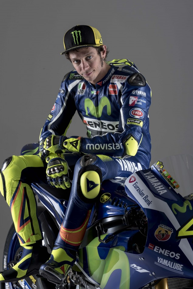 2016-Yamaha-YZR-M1-Valentino-Rossi-51