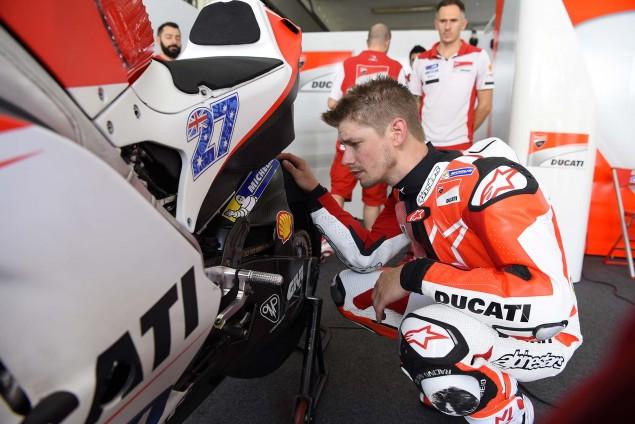 Casey-Stoner-Ducati-Corse-Sepang-Test-Ducati-Desmosedici-GP15-02