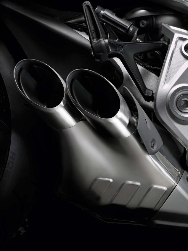 Ducati-XDiavel-S-San-Diego-studio-action-46