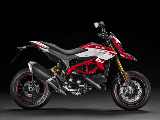 2016-Ducati-Hypermotard-939-SP-22