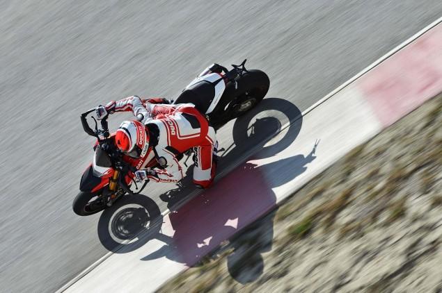2016-Ducati-Hypermotard-939-SP-43