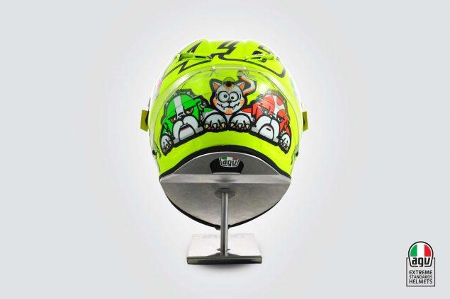 Valentino-Rossi-2016-Mugello-helmet-AGV-05