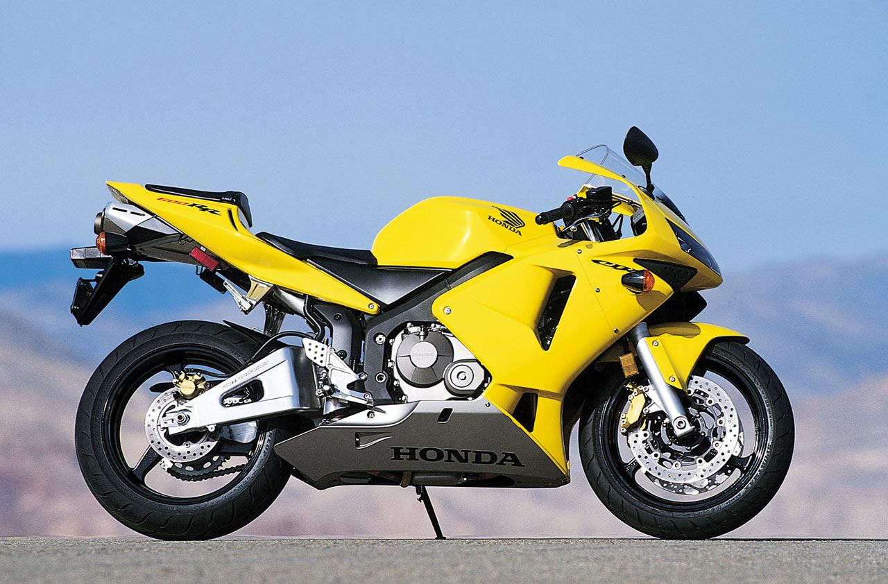the bs argument that it is time to say goodbye to the honda cbr600rr. Black Bedroom Furniture Sets. Home Design Ideas
