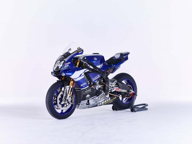 GMT94-Yamaha-YZF-R1-Official-EWC-race-bike-27