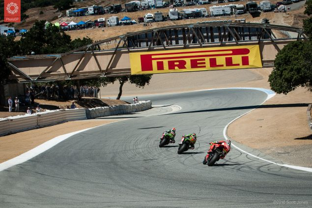 2016-WSBK-Laguna-Seca-Saturday-corkscrew