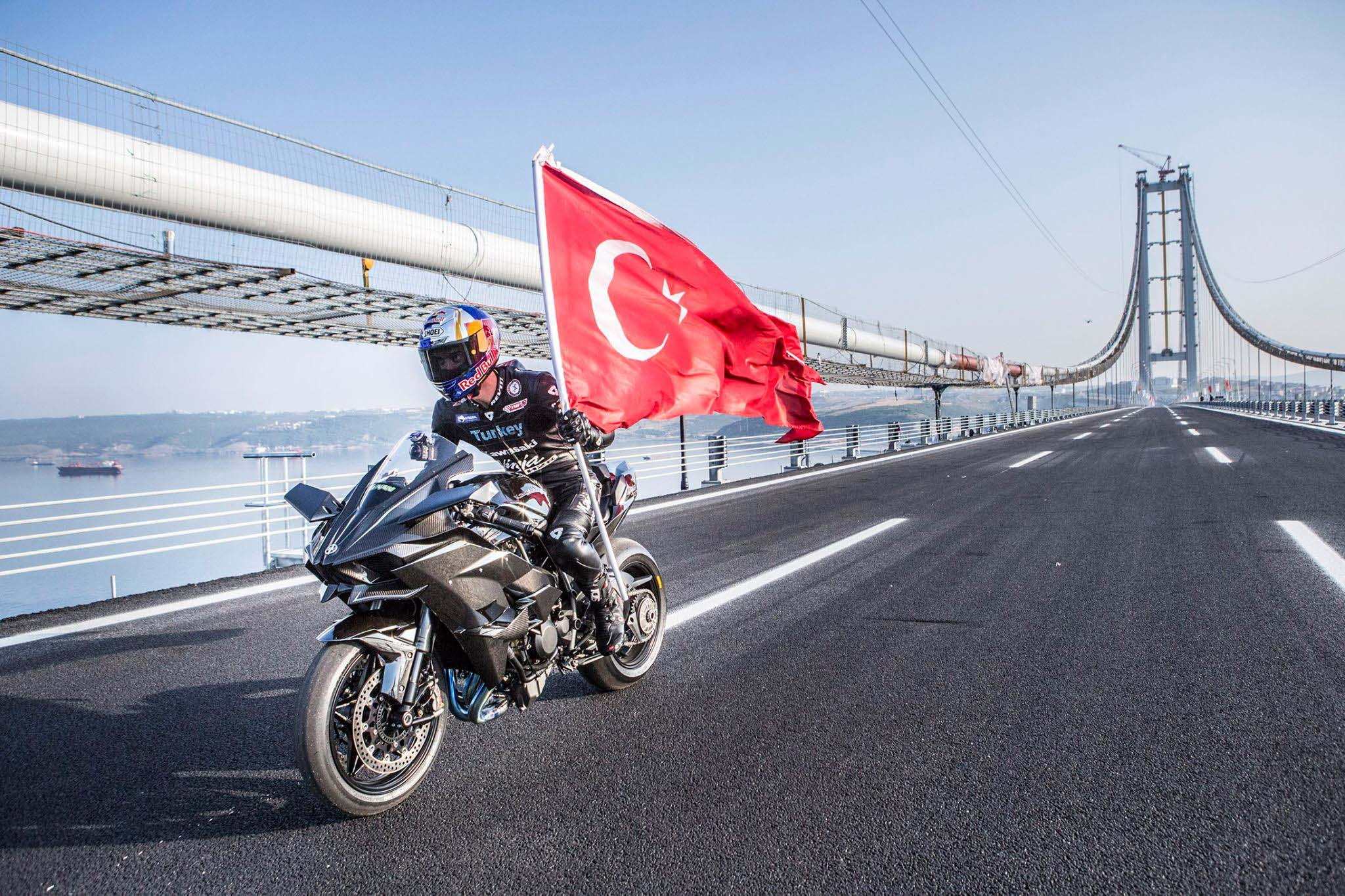 Watch Kenan Sofuoglu Hit 400 KM H On A Kawasaki H2R