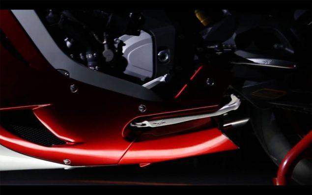MV-Agusta-F4Z-teaser-08