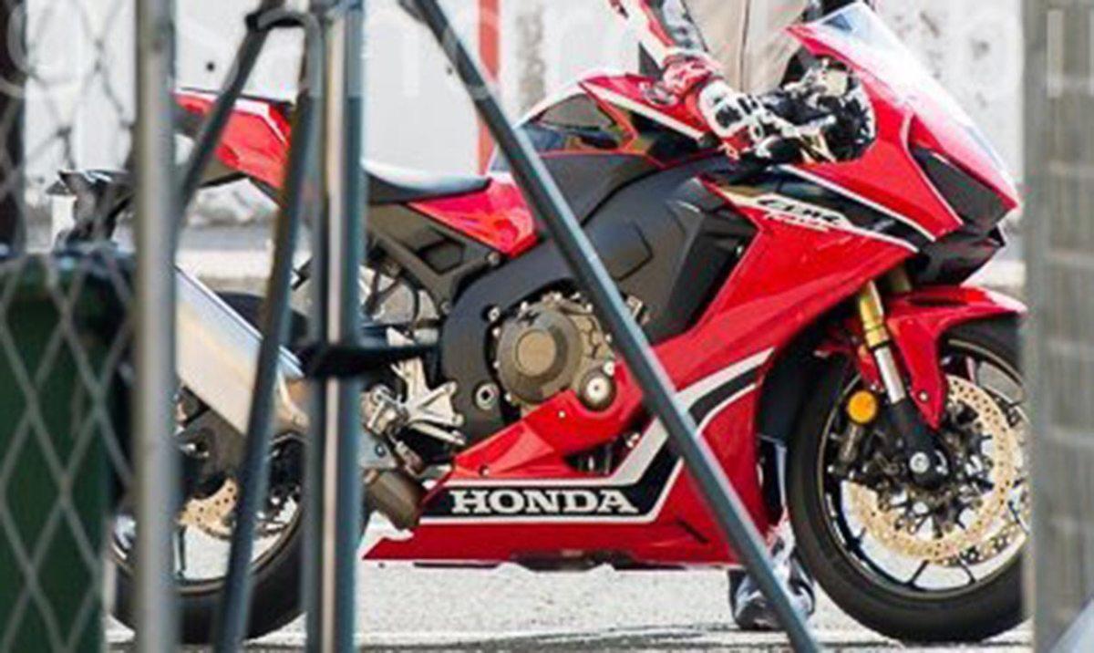 Hi, Are You the 2017 Honda CBR1000RR?