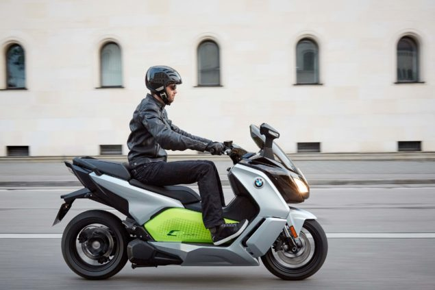 bmw-c-evolution-electric-scooter-action-usa-17
