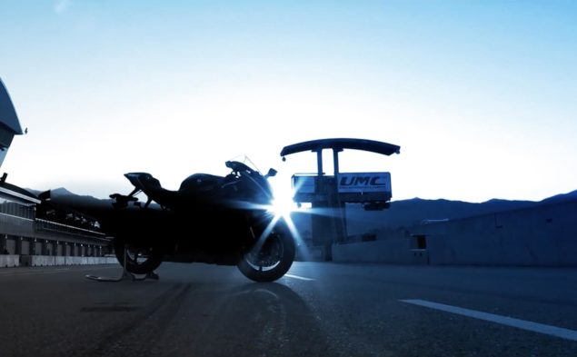 2017-yamaha-yzf-r6-teaser-video